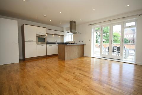 2 bedroom apartment to rent - Crown Lane Maidenhead Berkshire
