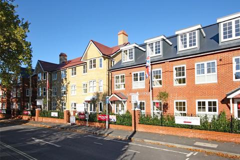 2 bedroom apartment for sale - North Close, Lymington, Hampshire, SO41