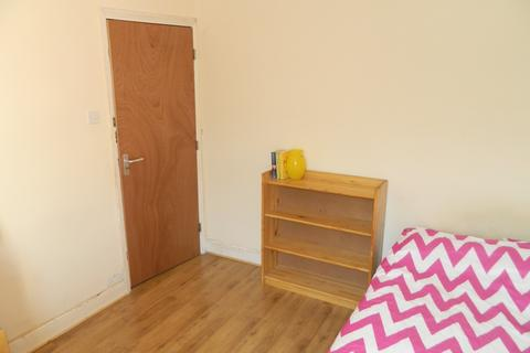 1 bedroom house share to rent - Rhymney Street , Cathays , Cardiff