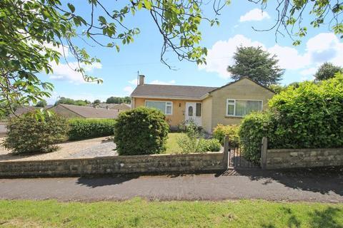 2 bedroom bungalow for sale - Ambleside Road, Bath