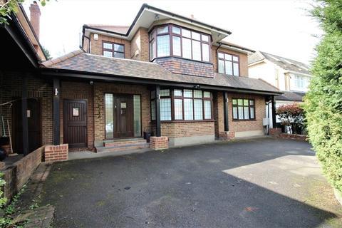 6 bedroom detached house to rent - Lancaster Avenue, Hadley Wood, EN4