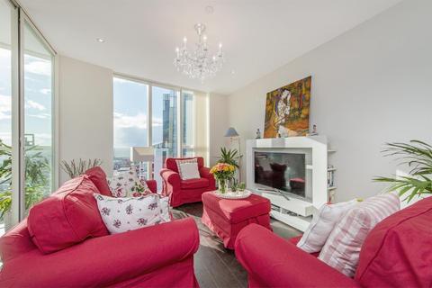 2 bedroom flat for sale - Sky Gardens, 155 Wandsworth Road, Nine Elms, London SE1