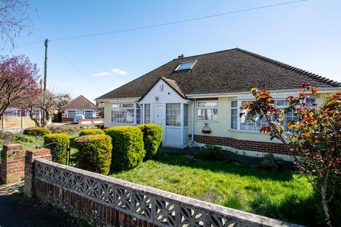 3 bedroom bungalow to rent - REDHILL
