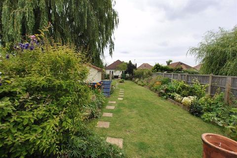 3 bedroom detached bungalow for sale - Pudsey Hall Lane, Canewdon, Essex