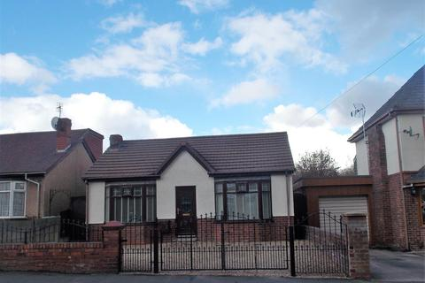 2 bedroom detached bungalow for sale - Lovers Lane, Atherton, Manchester