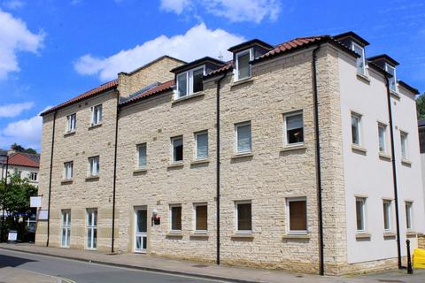 2 bedroom ground floor flat for sale - Grist Court, Bradford on Avon