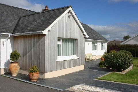4 bedroom detached bungalow for sale - Princes Gate