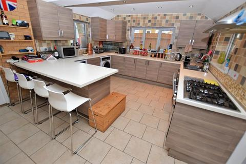 2 bedroom detached house for sale - Nowell Close, Glen Parva, Leicester, LE2 9SZ