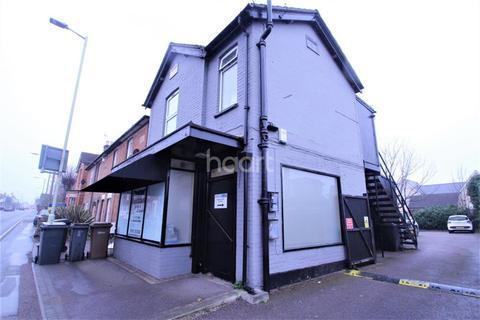 1 bedroom flat to rent - Beehive Lane