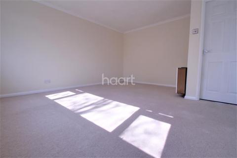 2 bedroom flat to rent - Haig Court