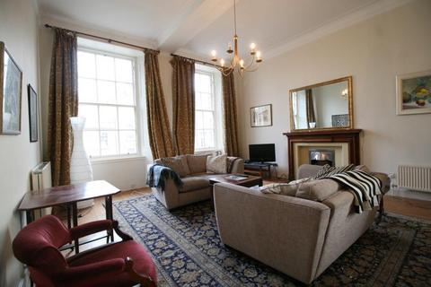 3 bedroom flat to rent - Howe Street, Edinburgh  EH3