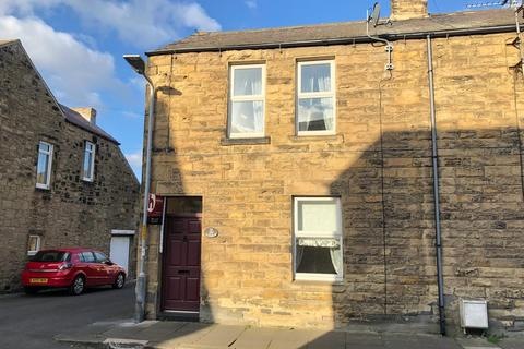 2 bedroom end of terrace house to rent - Wellwood Street, Amble, Northumberland