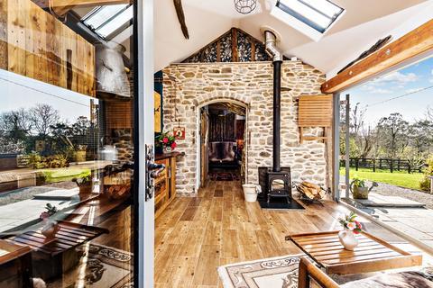 1 bedroom detached bungalow for sale - Nr Landrake, Saltash
