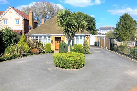 4 bedroom bungalow for sale - Chichester Road, Tilehurst, Reading, Berkshire, RG30