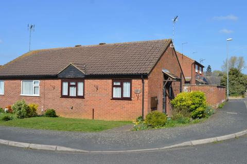 2 bedroom semi-detached bungalow for sale - Fairhurst Way, Earls Barton, Northampton NN6 0NP