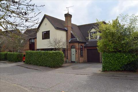 4 bedroom detached house for sale - Willoughby Drive, Chelmer Village, Chelmsford