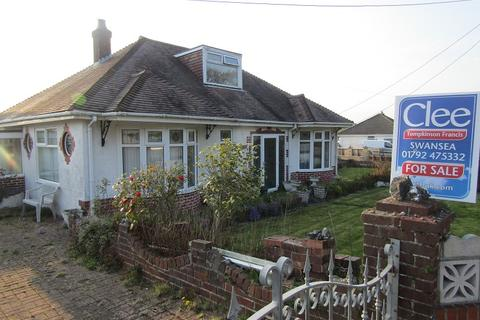 2 bedroom detached bungalow for sale - Llanmorlais, New Road, Swansea, City And County of Swansea.