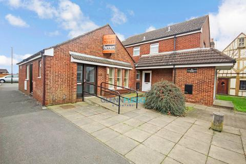 4 bedroom property with land for sale - Ex Doctors Surgery & Two Bedroom Flat With Car park
