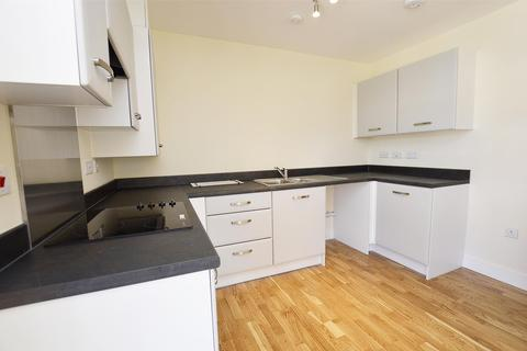 2 bedroom flat to rent - Ludlow Court, RADSTOCK, BA3