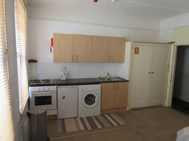 Cathedral Road Cardiff Studio To Rent 395 Pcm 91 Pw