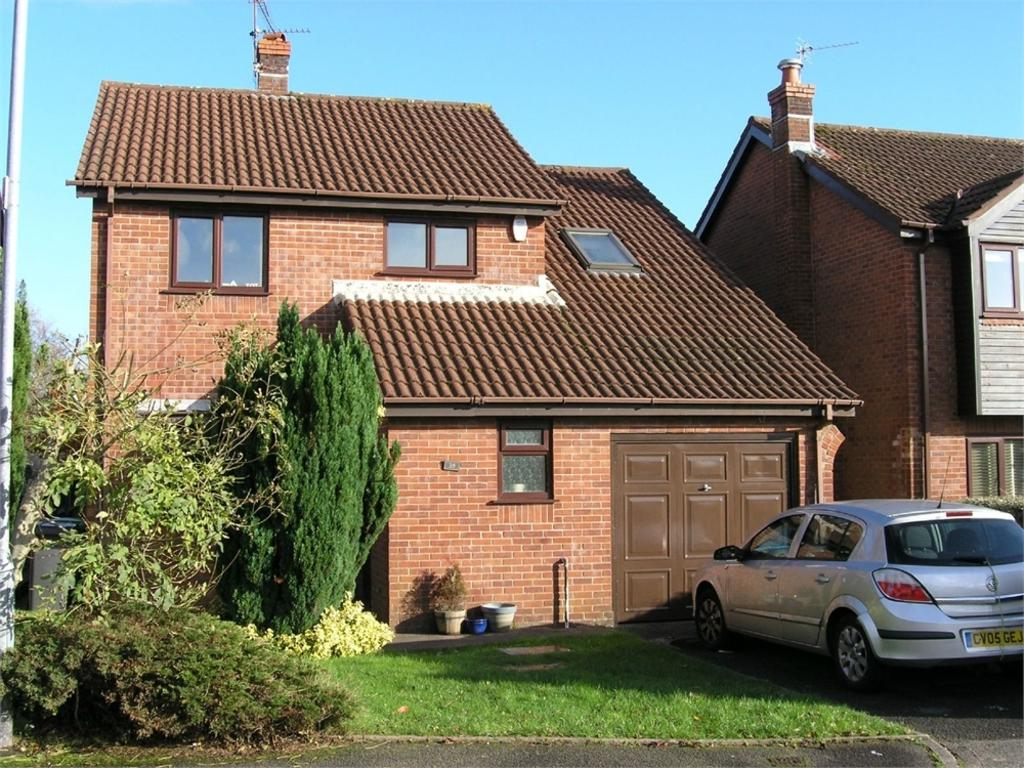 4 Bedrooms Detached House for sale in Cheriton Drive, Thornhill, Cardiff