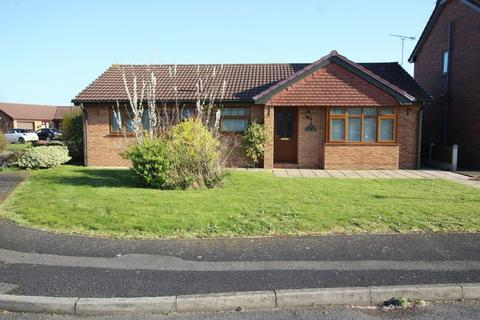 3 bedroom detached bungalow to rent - Saxon Way, Great Sutton