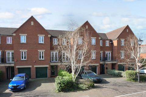 4 bedroom end of terrace house for sale - St Leonards, Exeter