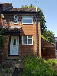 1 bedroom end of terrace house to rent - Conifer Rise