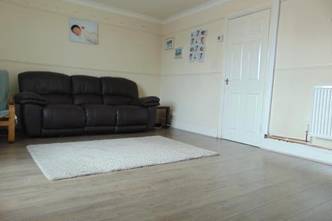 3 bedroom flat for sale - Greenwich Avenue, Bilton Grange, Hull, HU9 4UY