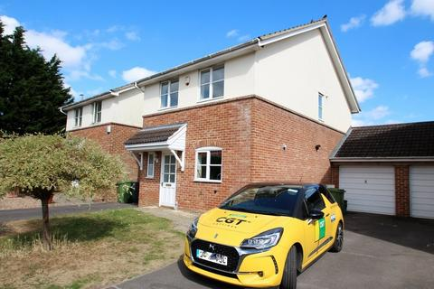 3 bedroom house to rent - Patterdale Close, Cheltenham,