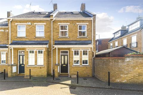 3 bedroom end of terrace house for sale - Carver Close, Church Path, Chiswick, London, W4
