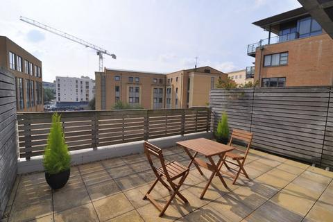 2 bedroom apartment to rent - Deanery Road, Bristol