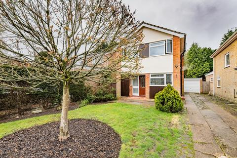 3 bedroom detached house to rent - Audley Way, Ascot