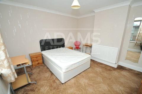 3 bedroom house to rent - Columbia Road, Ensbury Park, Bournemouth