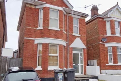 6 bedroom house to rent - SIX DOUBLE BEDROOM STUDENT HOUSE, WINTON