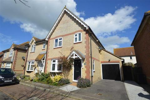 3 bedroom semi-detached house for sale - Wheatfields, Rochford, Essex