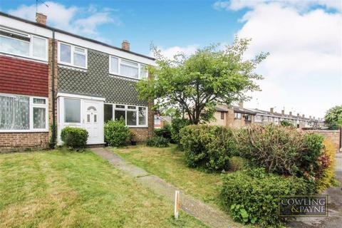 3 bedroom end of terrace house for sale - Goodmayes Walk, Wickford, Essex