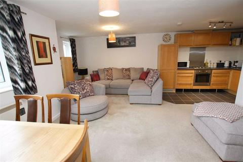 2 bedroom flat for sale - Sycamore Court, 180 Carrington Lane, Sale