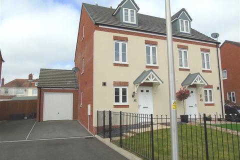 3 bedroom semi-detached house for sale - Stryd Bennett, Stradey, Llanelli