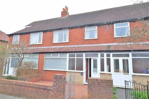 3 bedroom semi-detached house for sale - Parkside Road, St Annes