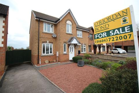 3 bedroom semi-detached house for sale - Kingsmead, Kingsthorpe, Northampton