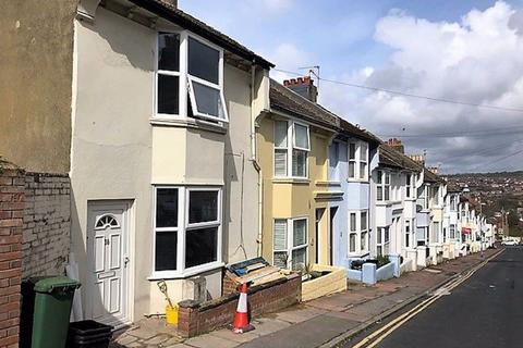 6 bedroom house to rent - Carlyle Street, Brighton