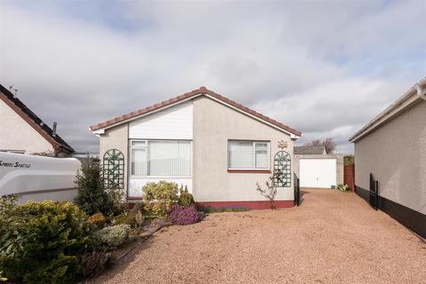 3 bedroom detached bungalow for sale - Juniper Place, Oakbank, Perth