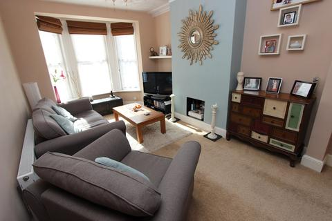 3 bedroom end of terrace house for sale - Grove Road, Shirley, Southampton, SO15