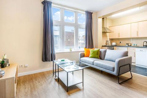 1 bedroom flat to rent - Flat 1, 2b Wood Lane, Headingley