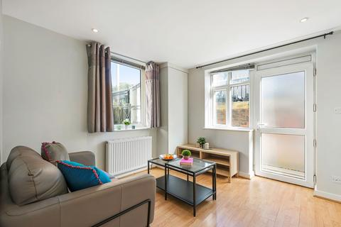 1 bedroom flat to rent - Flat 6, 23 Cliff Road - Design House, HydePark