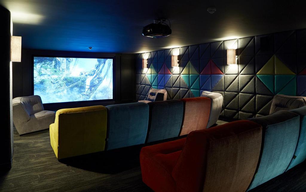 ?ICONINC Cyan Studios Cinema Main RT.jpg
