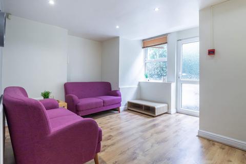 2 bedroom flat to rent - Flat 1, 5 Winstanley Terrace, Headingley