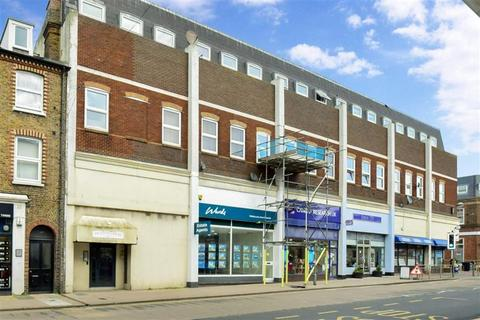 2 bedroom flat for sale - High Street, Herne Bay, Kent