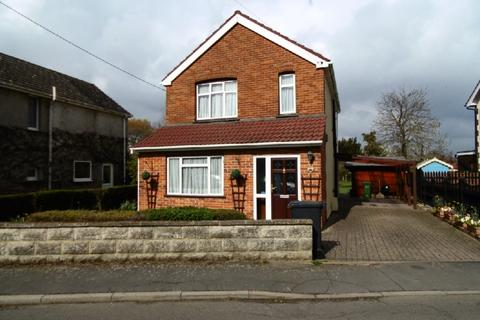3 bedroom detached house for sale - Church Road, Kelvedon